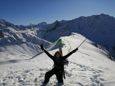 Devenir moniteur de ski sans être issu de la montagne