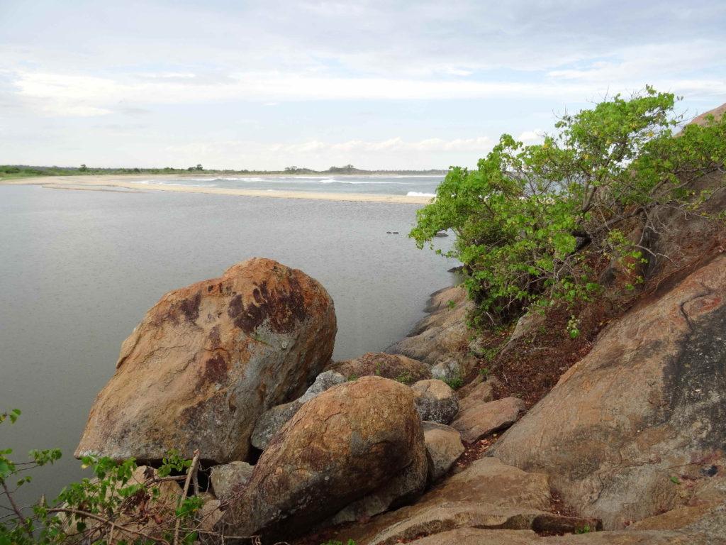 l'entrée d'elephant rock près d'arugam bay