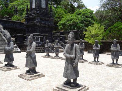 Visite des mausolées d'Hué