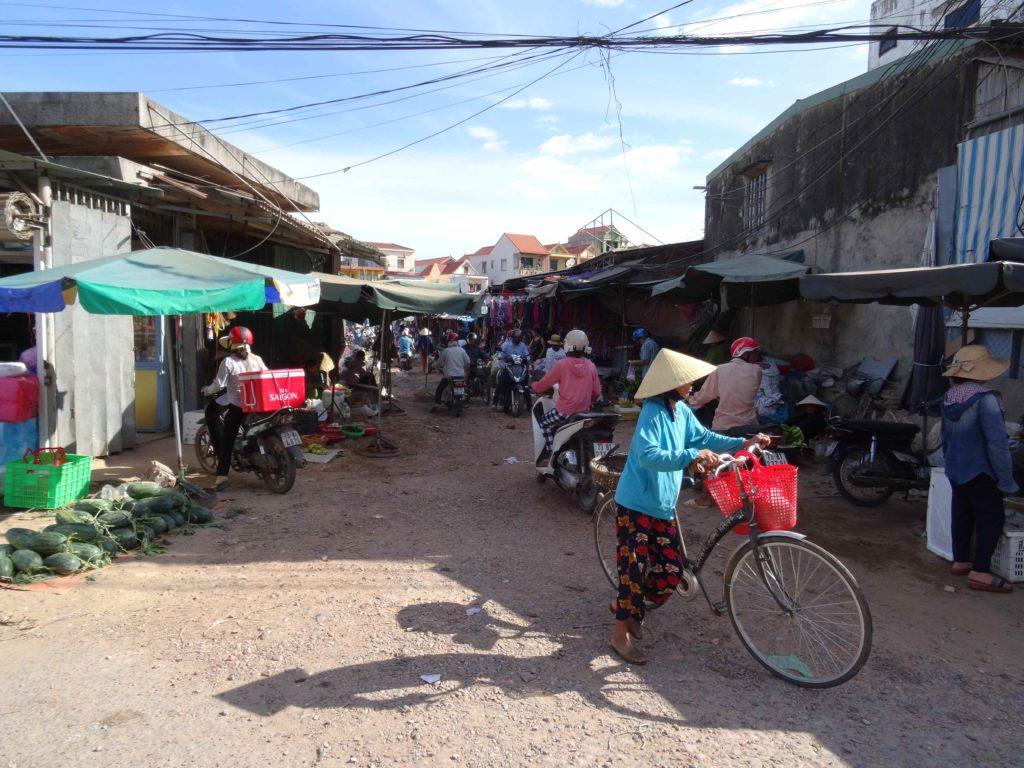 marché à Dong Hoï