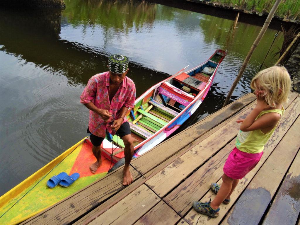 ponton pour embarquer pour ramang-ramang