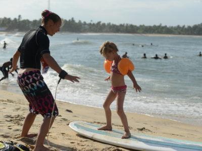 Surf en famille à Arugam Bay