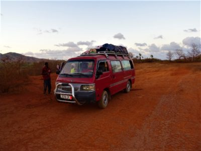 De Sambave au Parc National de l'Ankarana : une aventure de malades en taxi-brousse !