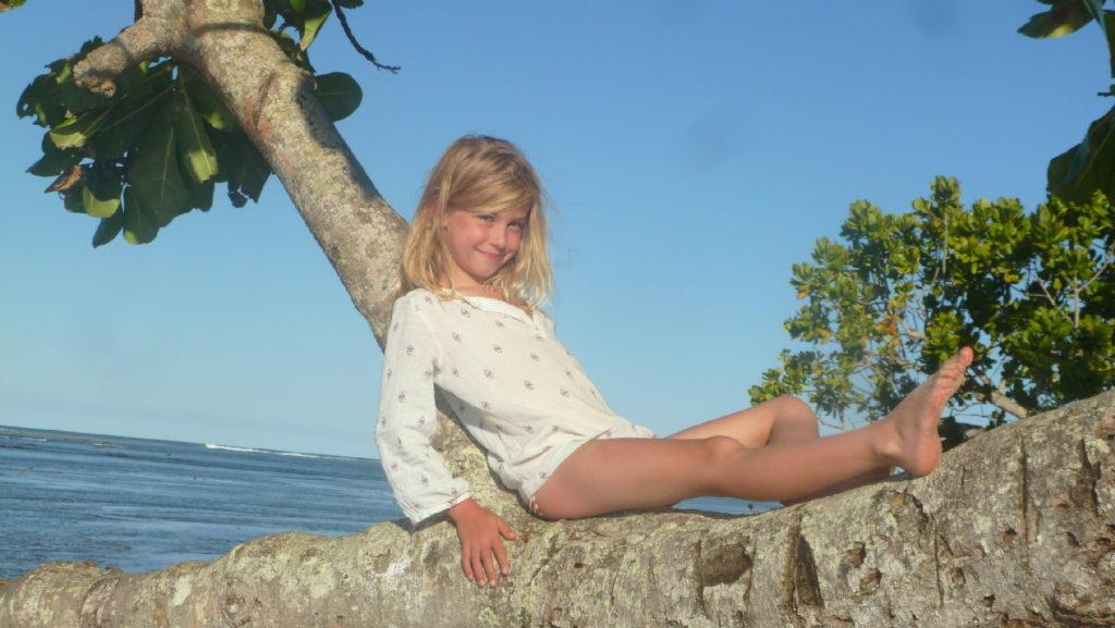 chatounette sur la plage de mahambo
