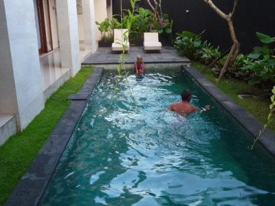 De Paris à Sanur, Bali, Indonésie