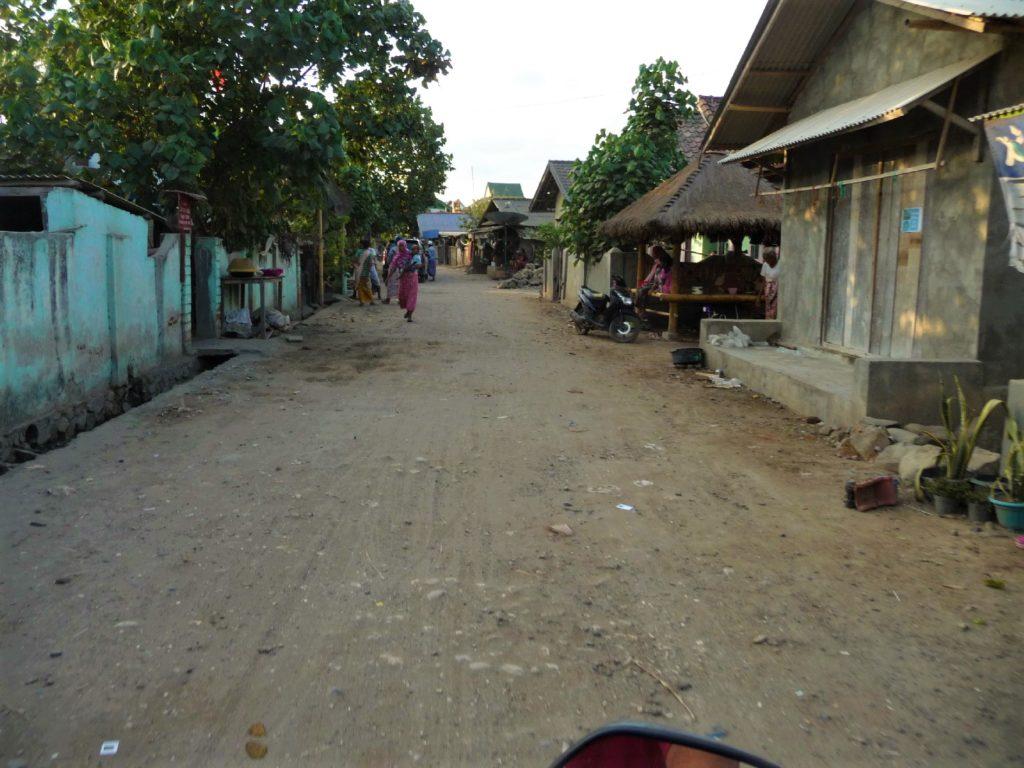 la rue de Gerupuk, spot de surfer, Lombok