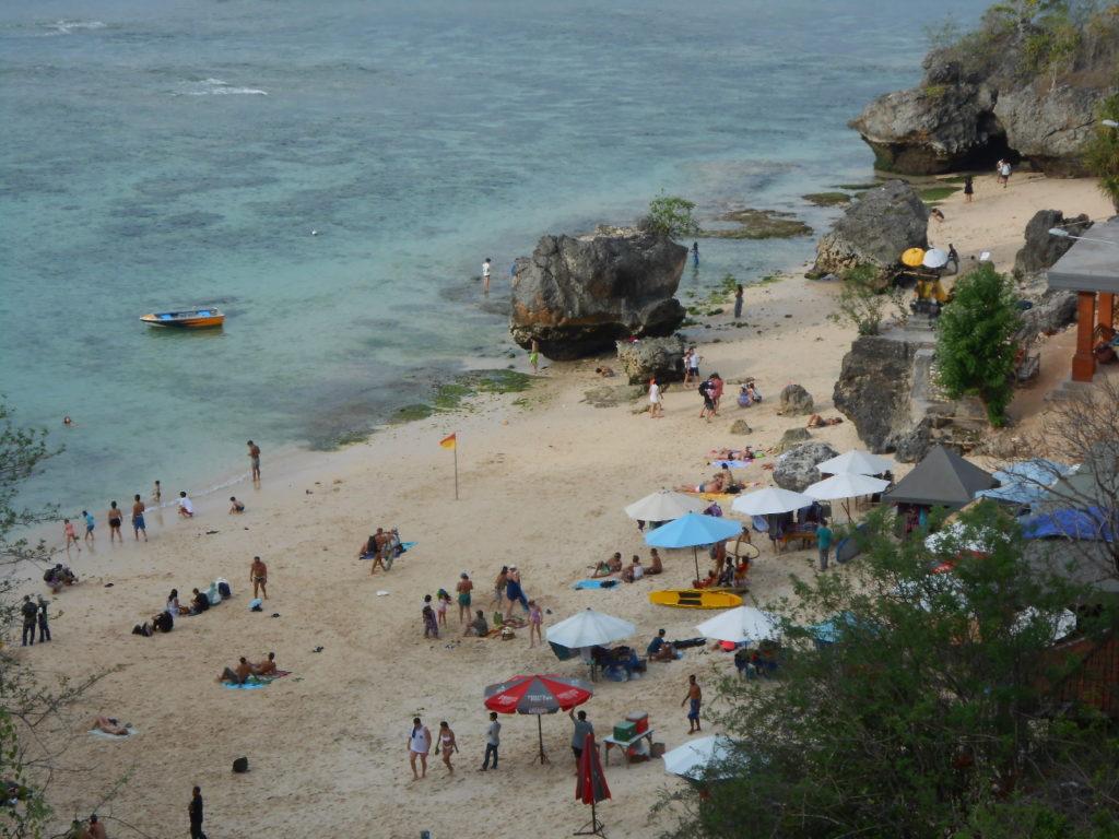 plage de dreamland, spot de surf, près de Kuta Bali