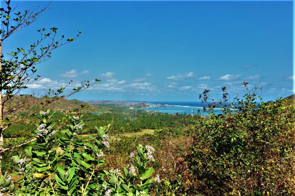 sur la route entre Kuta Lombok et Selong Belanak Beach, panorama sur la mer