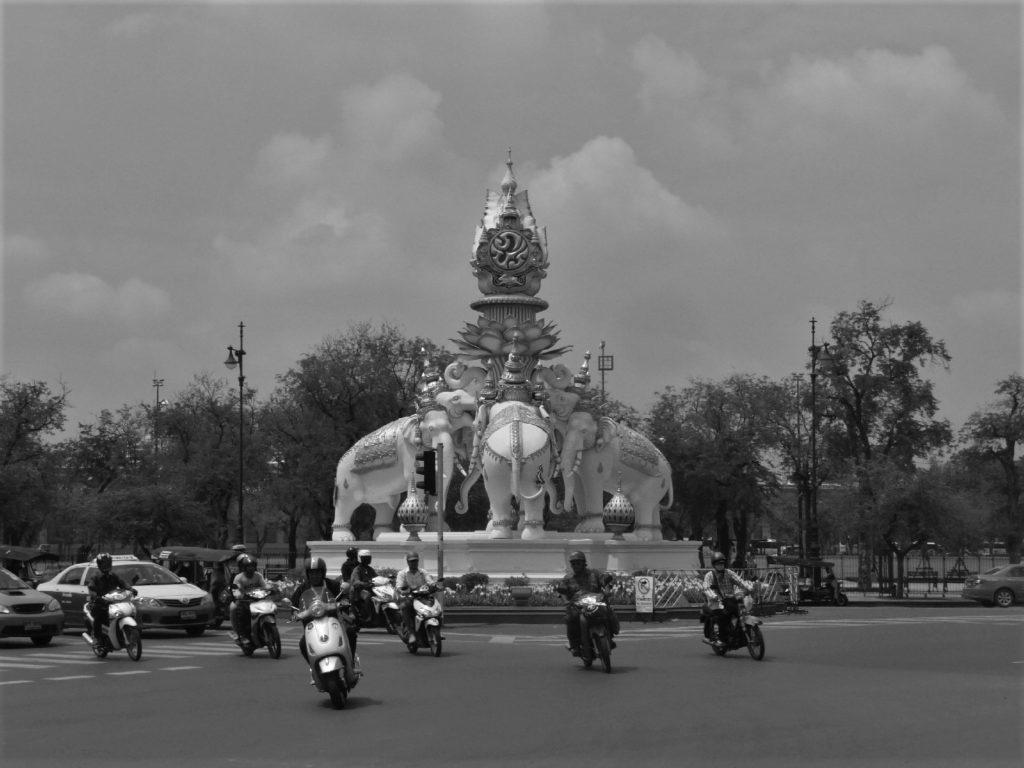 rond point elephant bangkok