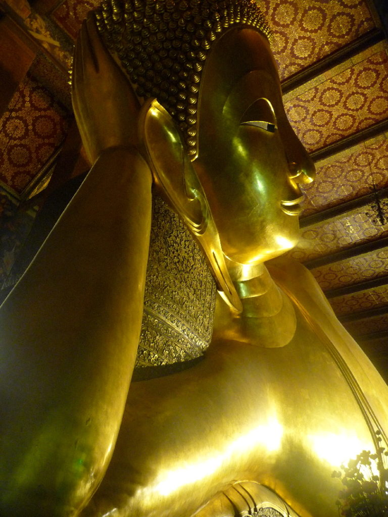 Wat Pho et son Bouddha couché de 46m de long
