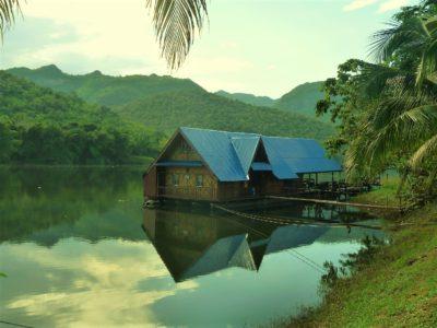 De Khao Laem à l'entrée du Parc National d'Erawan