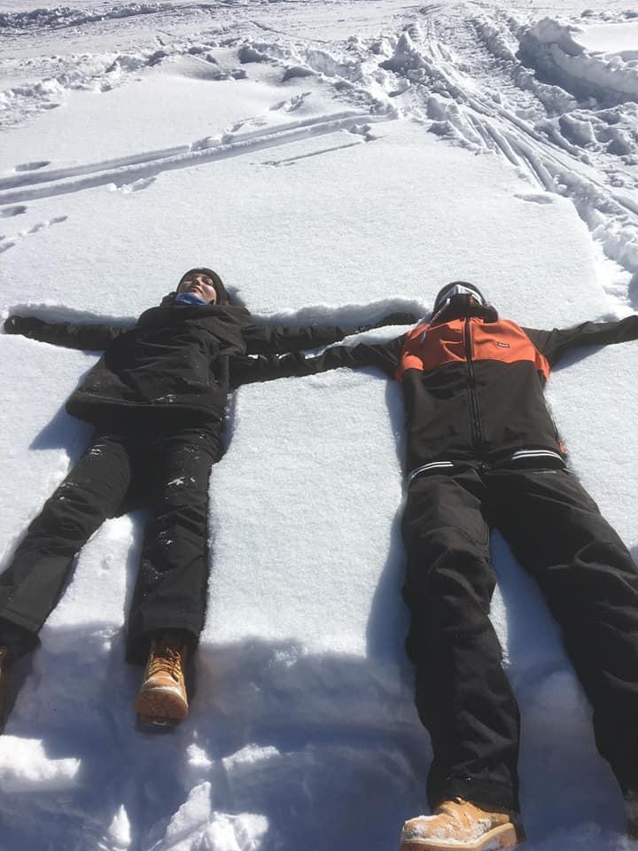 parents saisonniers avoriaz chinon les enfants dans la neige